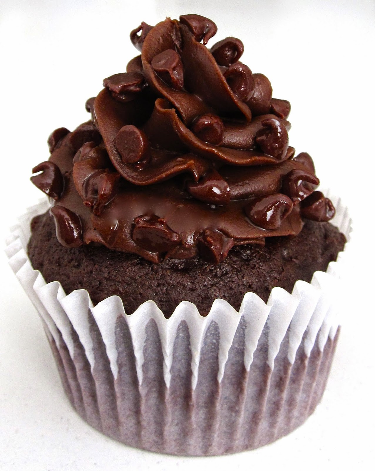 Video Easy One Bowl Chocolate Buttermilk Cupcakes