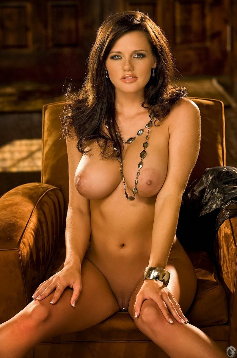Sexy Nude Latina Babes