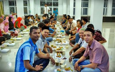 Buka puasa bersama Alumni SM3T Aceh