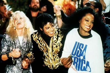 """Vocalistas de """"We Are the World"""": Kim Carnes, Michael Jackson e Diana Ross"""
