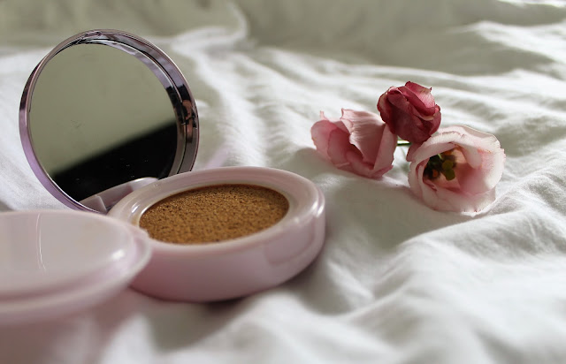 L'Oreal Magique Cushion Foundation