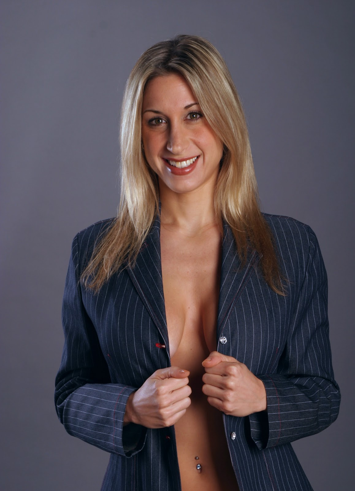 Hot Newscasters Oops-7612