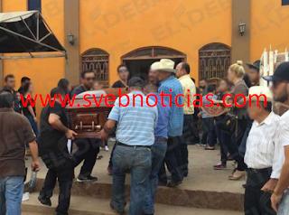 En Sinaloa con narcocorridos entierran al 'Sargento Phoenix' sicario de Los Ántrax