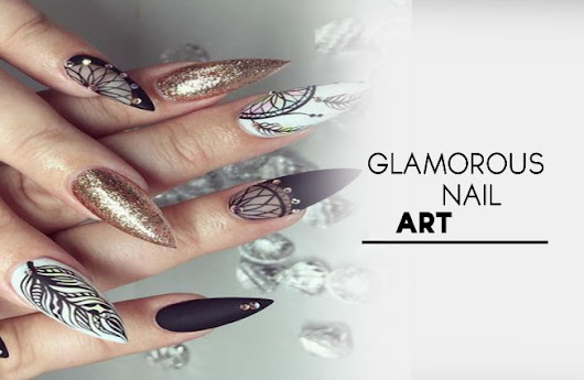 Amazing ! Glamorous Look With Pretty Nail Art