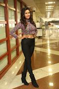 shalu chaurasiya latest sizzling pics-thumbnail-17