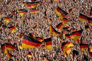 ألمانيا وبلجيكا وبولندا تقترب من التأهل إلى كأس العالم 2018