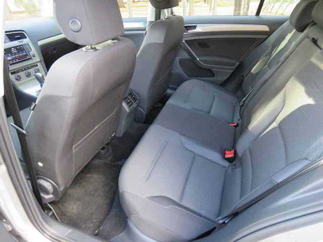 VW Golf 1.6 MSI Automático - interior
