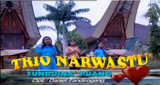 Tunduina' Puang (Trio Narwastu)