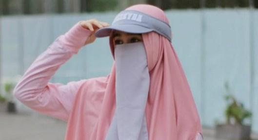 Mau Bergaya Sporty dengan Hijab? Simak Tips Ini