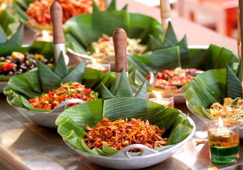 Tinuku Wakuliner, startup of Indonesian food marketplace
