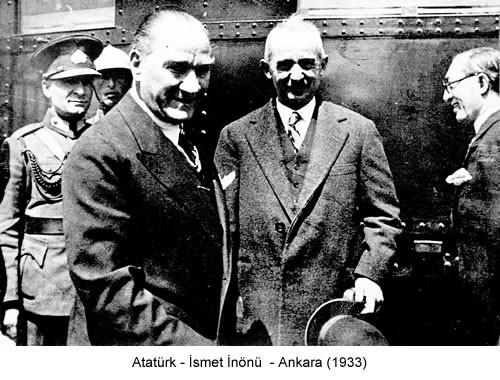 Atatürk İsmet İnönü 1933 Fotoğraf
