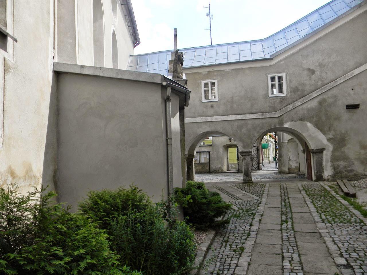 kościół, zamek, galeryjka