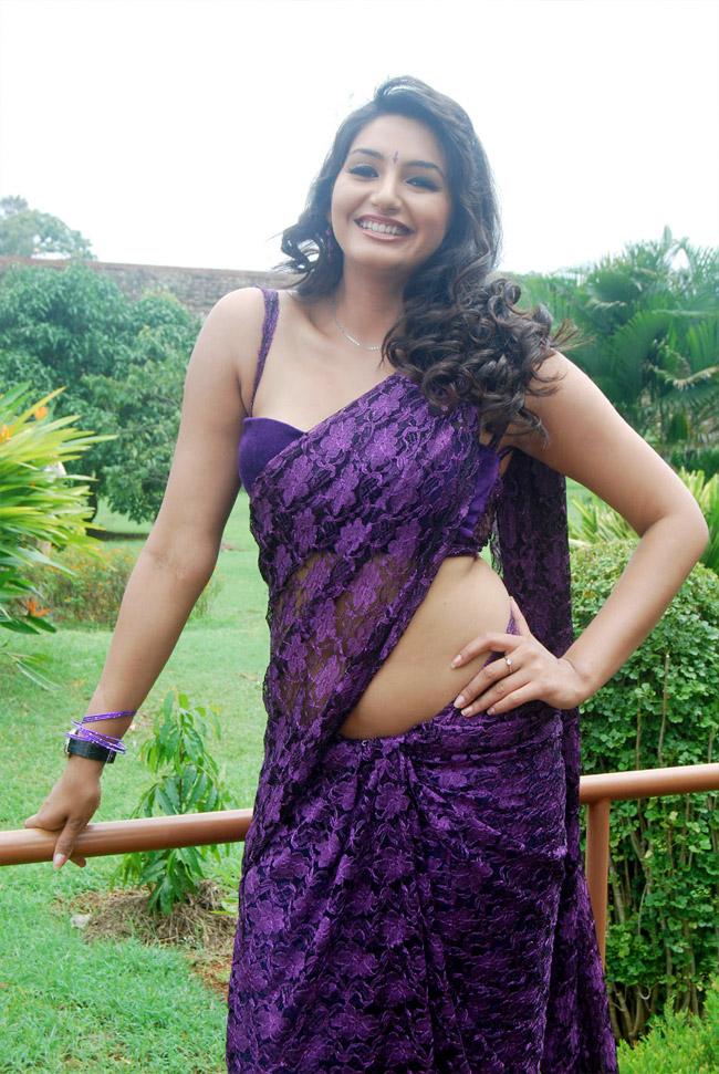 South Spice: Ragini-Dwivedi
