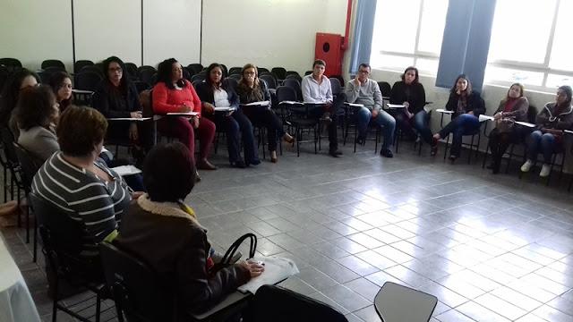 Profissionais de Creche Municipal recebem treinamento sobre aleitamento materno e alimentação adequada