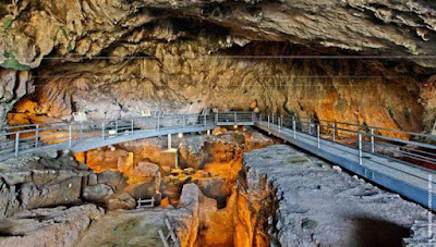 «Σκηνικό» της εξέλιξης του ανθρώπου στο Μουσείο Σπηλαίου Θεόπετρας Τρικάλων