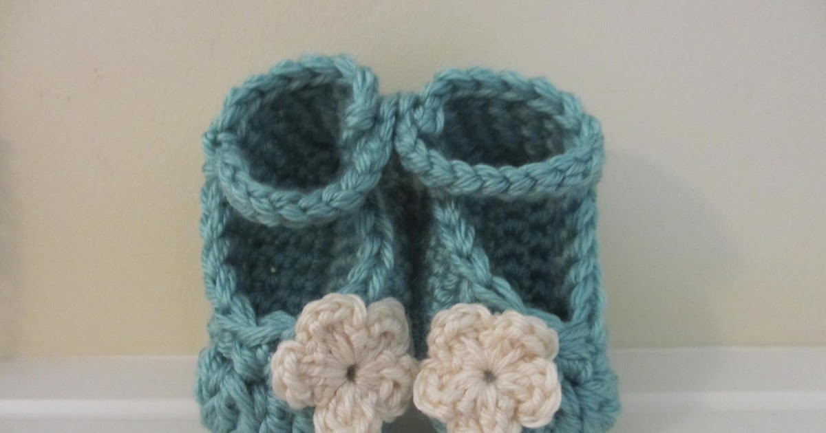 Jays Boutique Blog: FREE PATTERN: Chunky Yarn Baby Booties