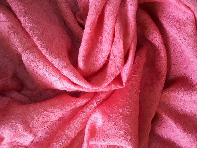 Darlene's Minimalist Dress: the fabric