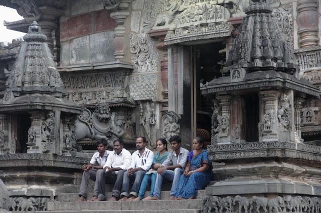 voyage circuit karnataka belur temple