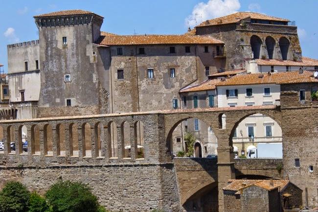 Aqueduto Pitigliano - Pitigliano, cultura e vinho na Toscana da Maremma!