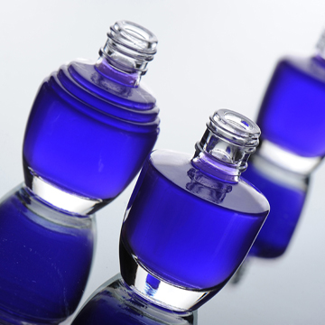 http://2.bp.blogspot.com/-oKTp_gGsuoY/TzO-mPPZNJI/AAAAAAAAIHk/sWrWkF2r0C4/s640/parfum.jpg