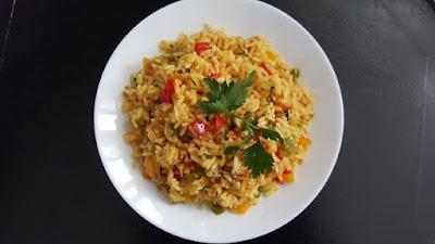 وصفة أرز بالفلفل ألوان والتونة سهل وسريع التحضير/فكرة عشاء خفيف