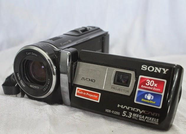 jual handycam second Sony HDR PJ200