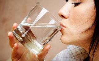 6 πράγματα που συμβαίνουν όταν ΔΕΝ πίνεις αρκετό νερό
