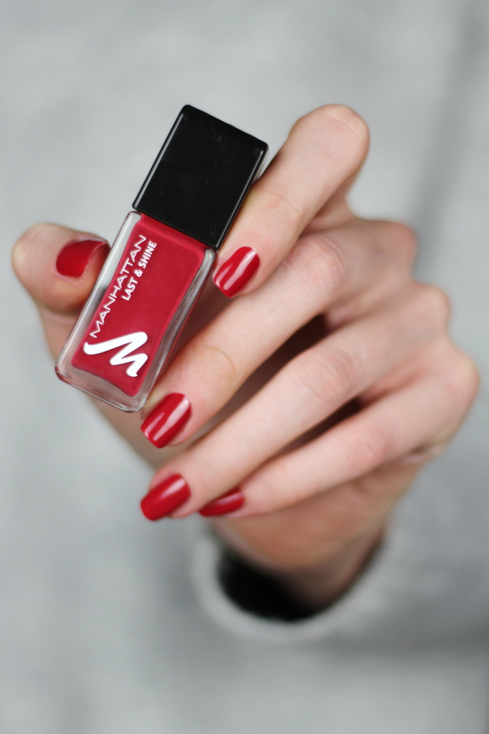 Manhattan Glam Red Ruby Darling