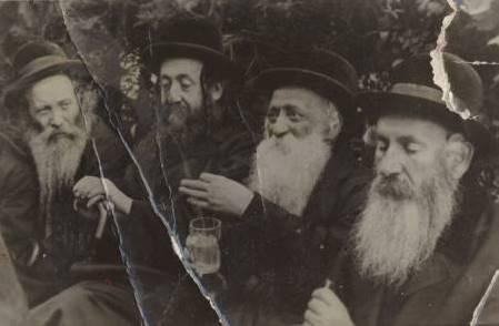 Znalezione obrazy dla zapytania żydzi przed wojna