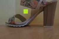 Absatz: Alexis Leroy Blockabsatz Blume gedruckt Damen Offene Sandalen mit Keilabsatz