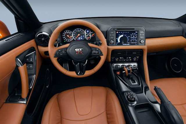 2017 Unveiled New Nissan GT-R supercar in New York interior dashboard view