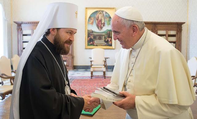 O Patriarcado de Moscou correu a pedir o auxílio do Vaticano para manter o controle cismático da Ucrânia