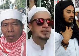 Aksi Super Damai 212 dihadiri lebih dari tujuh jutaan manusia dari berbagai daerah. Kejadian ini adalah yang pertama kalinya ada dalam sejarah indonesia, dimana sebuah aksi yang melibatkan masa yang sangat banyak namun dapat berjalan dengan amat sangat damai. Diantara jutaan masa tersebut ada beberapa salebritis yang ikut berpartisipasi membela Al Quran, siapakah mereka?