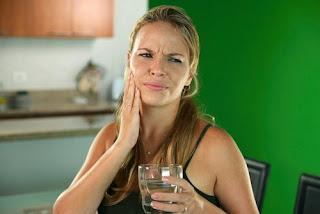 remèdes maison pour soulager la sensibilité dentaire