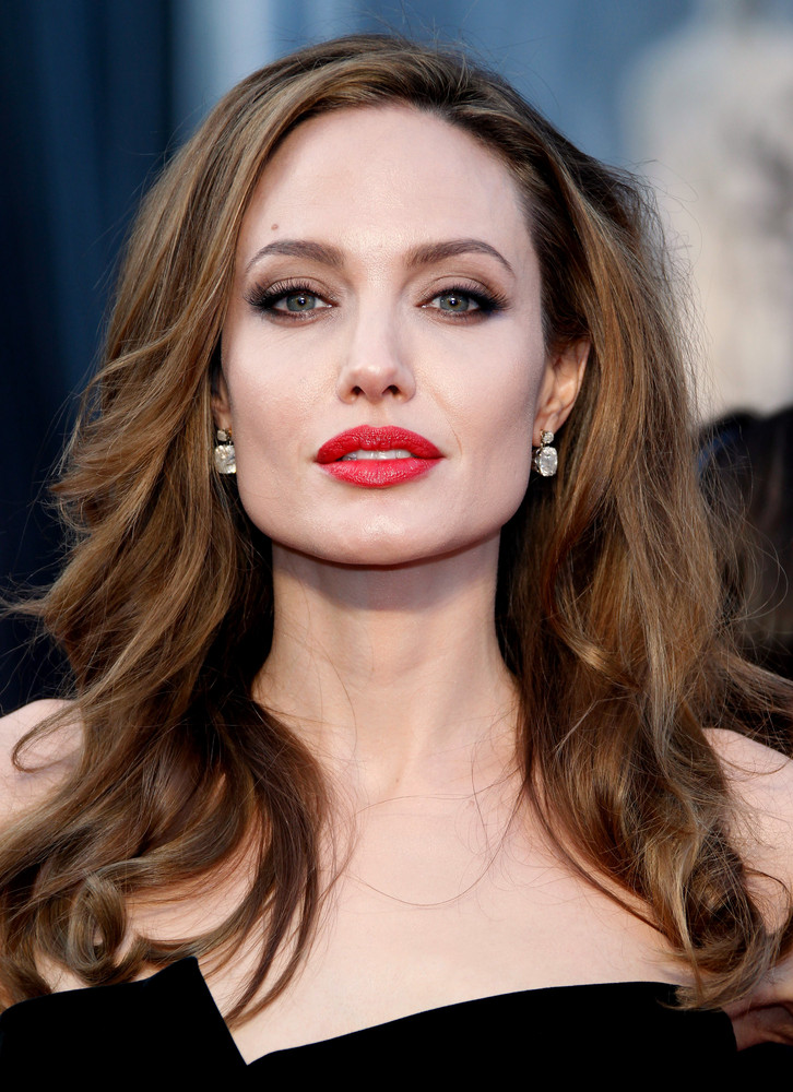 Angelina Jolie | Famous Celebrity Bible