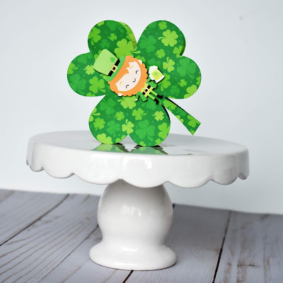 """St. Patrick's Day treat box by Wendy Sue Anderson featuring """"Lots o' Luck"""" from Doodlebug Design and a Silhouette cut file by Lori Whitlock!"""