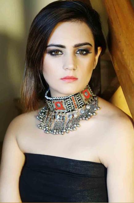 ये है सलमान खान की तीसरी सबसे हॉट बहन जिसके बारे में अब तक कोई नहीं जनता था