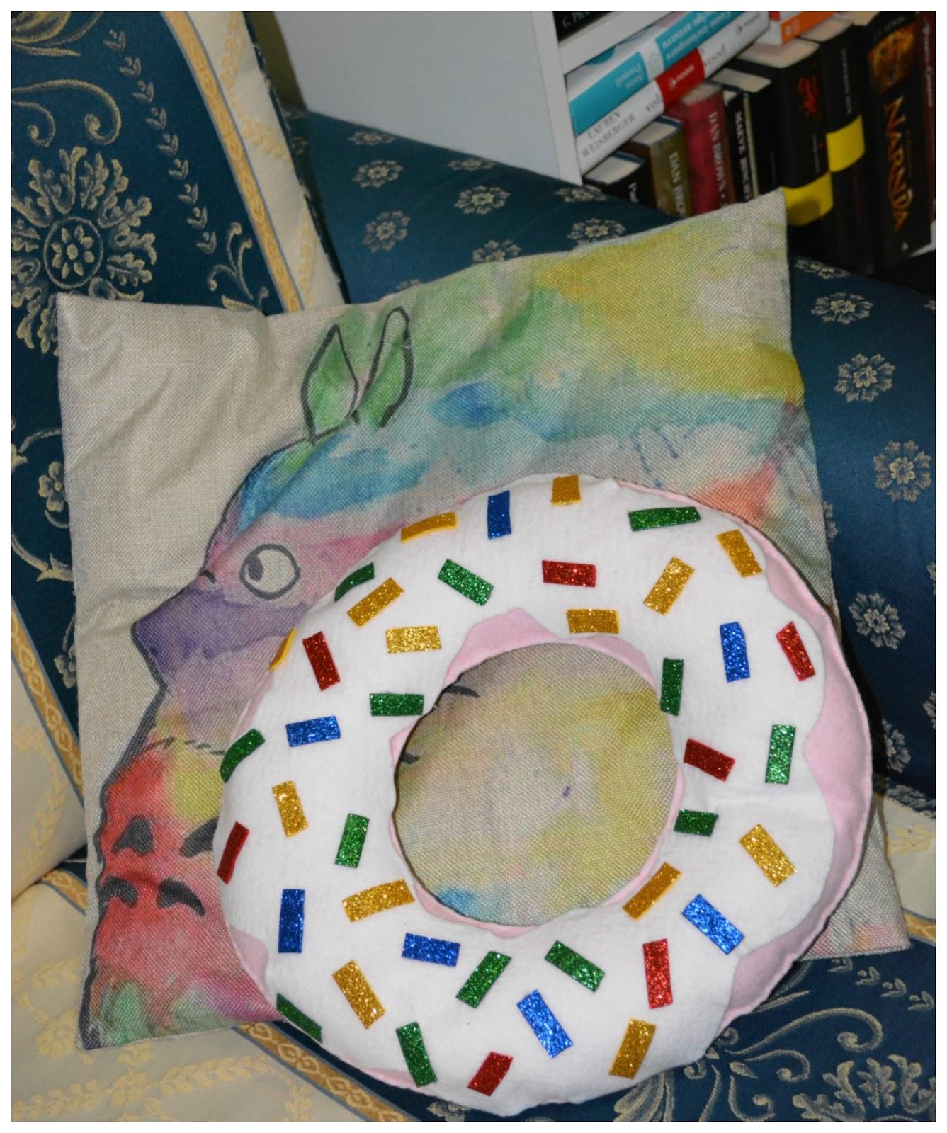 Come Riempire Un Cuscino.La Creativita Di Anna Cuscino Ciambella Donuts Opitec