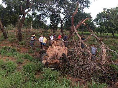 Acidente na TO-010 deixa duas pessoas feridas em Araguatins
