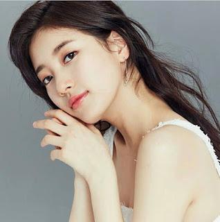 foto artis cantik korea Bae Suzy