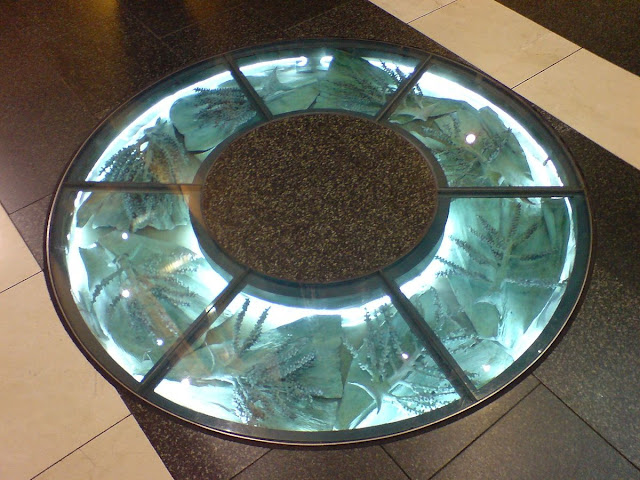 Incredible%2BIdeas%2BAdding%2BGlass%2Bwith%2BPebble%2Bin%2BYour%2BHouse%2BFlooring%2Band%2BFurniture%2B%25283%2529 25 Incredible Ideas Adding Glass with Pebble in Your House Flooring and Furniture Interior