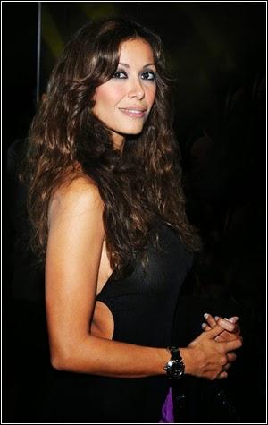 Italian Busty MILF TV host Sara Varone nude - Female Gates