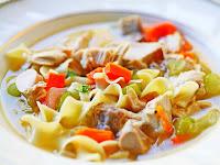 Mau Tahu Perbedaan Sup dan Soto?