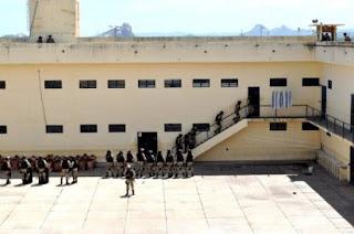 PB tem 12 mil presos em espaços para 5,2 mil e cada detento custa R$ 2,4 mil