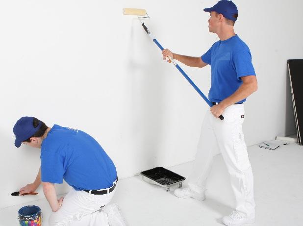 Foto de pintores trabalhando