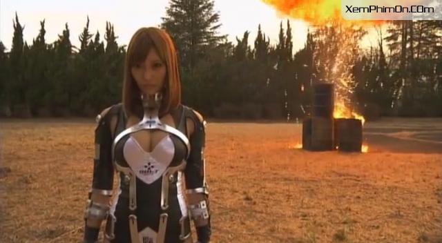 Cô Gái Người Sắt, Iron Girl