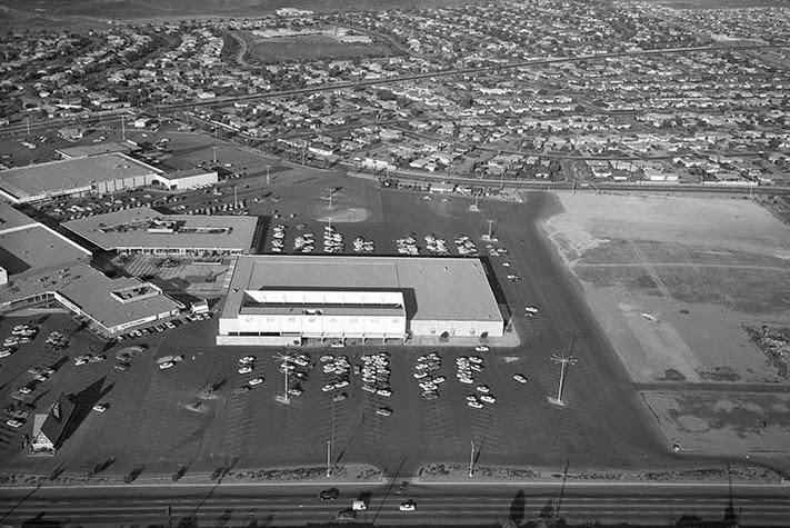 A Circa 1962 View Of The Gateway Cities Shopping Hub And Its Ohrbachu0027s  Anchor Store. As One Can See, The Southern Section Of The Mall Site (on The  Right) ...
