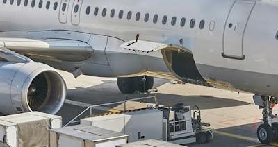 Novas regras para o transporte de aparelhos com baterias de lítio nos aviões