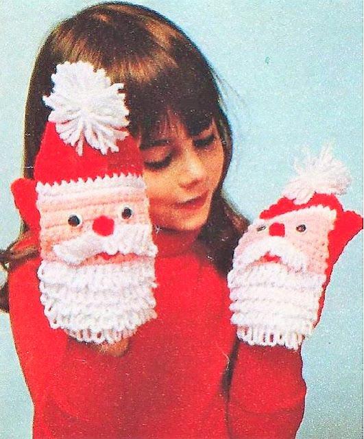 santa claus christmas mittens gloves crochet pattern
