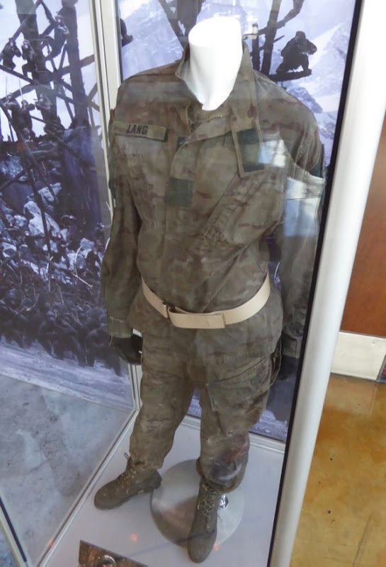 War for Planet Apes Lang film costume